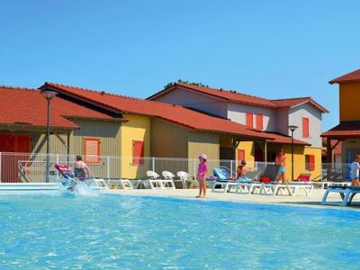 Photo for Residence La Grenadine, Marseillan-Plage  in Hérault - 6 persons, 2 bedrooms