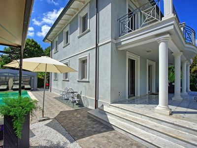 Photo for Villa in Camaiore with 4 bedrooms sleeps 8