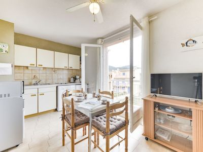 Photo for One bedroom Apartment, sleeps 4 in Cavalaire-sur-Mer