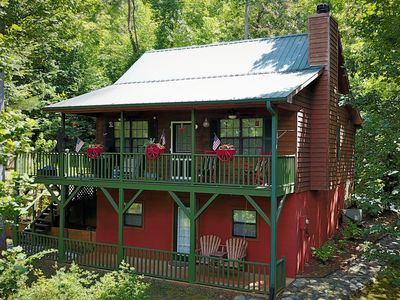 Photo for Almost Heaven Beautiful 4 bedroom 3 bath Mountain View Cabin Pet Friendly.