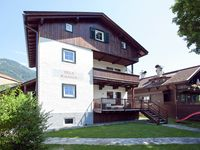 Very nice apartment close to the city center and Hornbahn cable car. The owner a ...