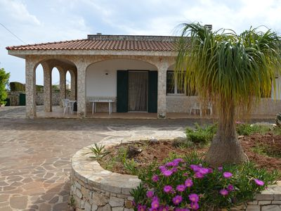 Photo for Independent villa for max 8 people 1km from Torre Pali (3 bedrooms and 2 bathrooms)