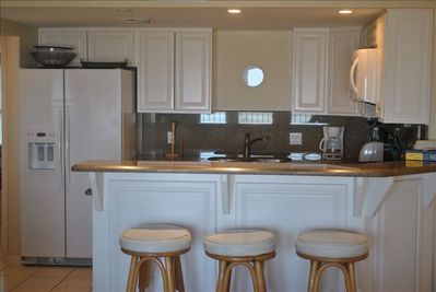 Full size Kitchen that opens into the family room
