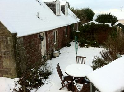 Barnyards Cottage winter time