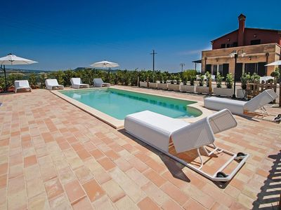 Photo for Villa with pool and wellness area in the hills of Ripatransone, 20 minutes from the Adriatic coast