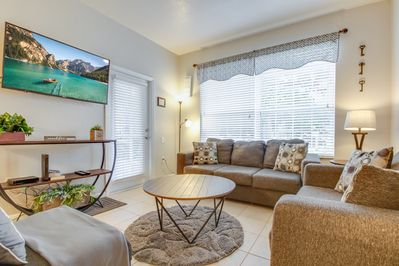 Welcome to Del Boca Vista, a beautiful 3 bedroom condo just steps from the pool