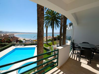 Photo for Bay -Apartment with sea view, 65 m. from the beach with Wi-Fi, pool and garage