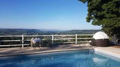 Photo for Le Clos des étoiles: Bed and Breakfast with panoramic swimming pool
