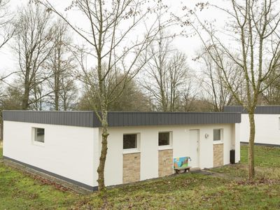 Photo for 6-person children's bungalow in the holiday park Landal Hochwald - in the mountains/rolling countryside