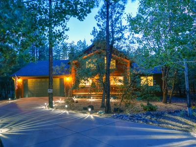 Photo for RELAXATION is calling you! Beautiful cabin in the tall pines in Pinetop!