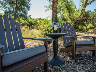 Photo for Willow & Vine: 2  BR, 2  BA House in Paso Robles, Sleeps 4