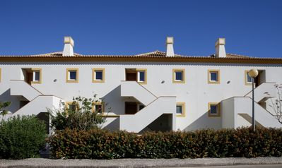 Photo for Apartment with Communal Swimming Pool, Close to Tavira