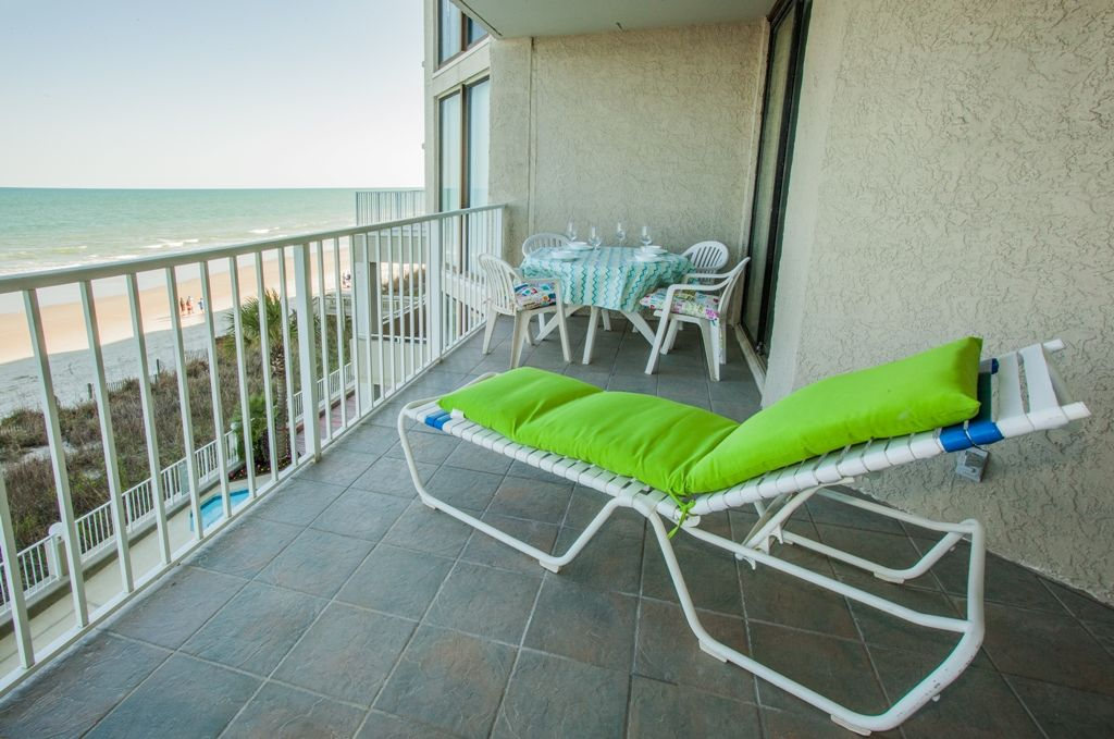 One Ocean Place Completely renovated Oceanfront condo in Garden