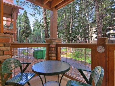 Photo for Great Location, Sleeps 6, Walk to Town/Base of Peak 9, Columbine Pool Complex Access