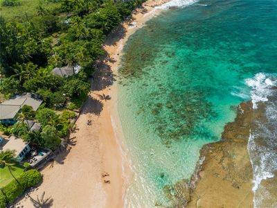Best Secluded Swimming And Surfing Beach On The North Shore - 30 days or more