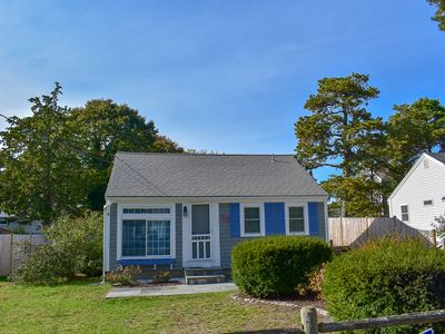 Photo for Uncle Rolf 37- Charming cottage with bonus family room