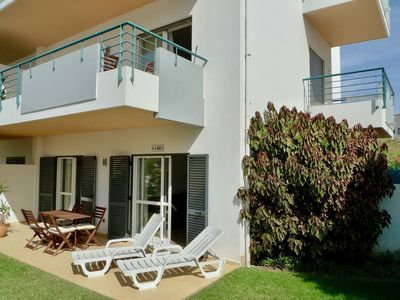 Photo for Excellent one bedroom apartment in Meia Praia, with communal pool.