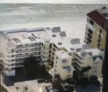 Photo for Oceanfront condo N Redington Beach located between Clearwater and St. Pete.
