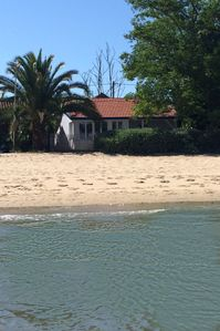 Photo for Character villa on the beach