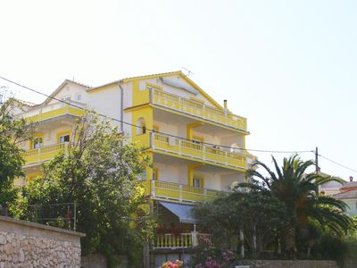 Photo for Apartment in Banjol (Rab), capacity 4+2