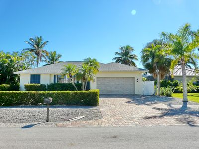 Photo for 1211 Spanish Court: 3  BR, 2  BA House in Marco Island, Sleeps 6