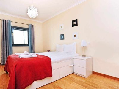 Photo for Oeiras by the Beach, 2BR apartment for 6, 3 min from the beach - CHECKINHOME