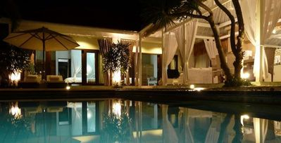 Photo for Bali – Seminyak – villa with pool – 6/7 pers.-quiet area in the heart of life