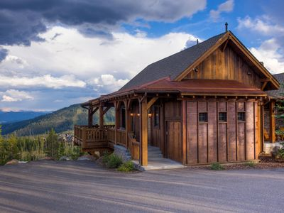 Photo for Ski-in/Ski-out lodge with private hot tub & stunning mountain views!