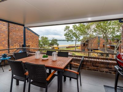 Photo for Spacious Family unit with Incredible views.