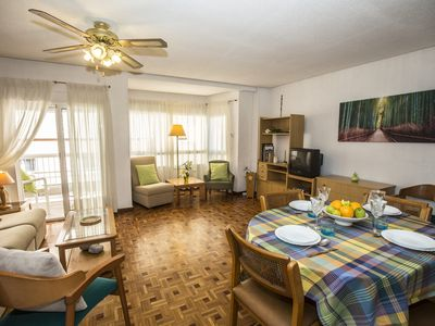 Photo for ALICANTE DOWNTOWN - BRIGHT AND SPACIOUS APARTMENT WITH A LIFT, A/C, WIFI