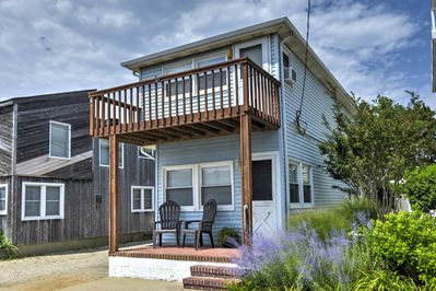 A memorable beach retreat awaits you at this 3BR, 2.5-bath vacation rental home.