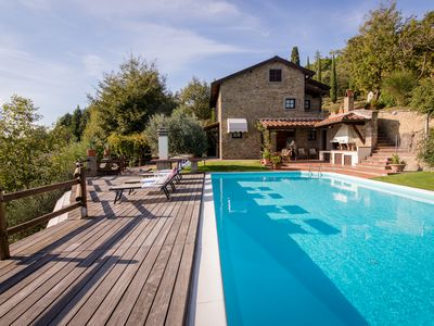 Photo for Villa immersed in the nature, relax and privacy, private pool and garden