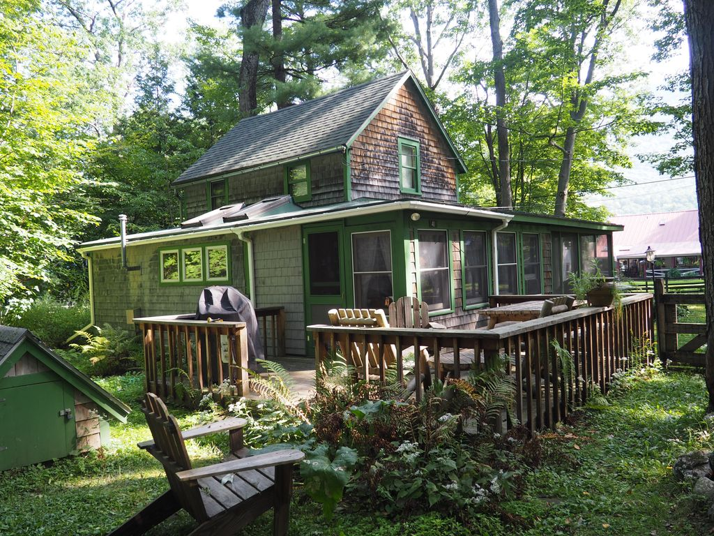 classic vermont cabin on 2 5 acres with lak homeaway
