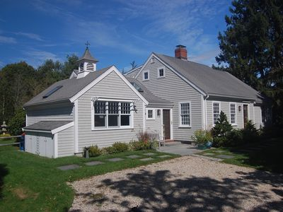 Photo for Casual & Spacious Cape centrally located in Mattapoisett