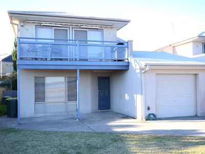 Photo for 1/6 Hibiscus Close, Maloneys Beach