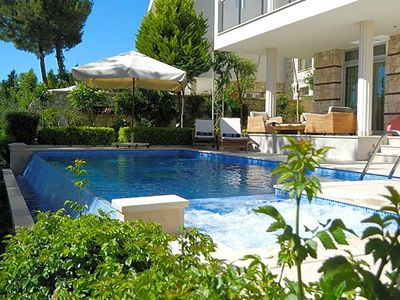 Photo for Margaz Villa, Sleeps 10 with Pool and Air Con