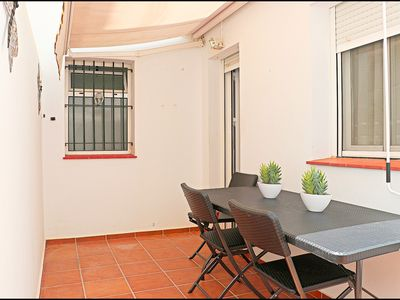 Photo for 3 bedroom apartment close to the centre
