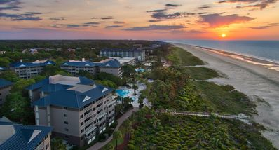 Photo for Marriott Grande Ocean Closest to the Beach Oceanfront Unit! 2 Bedroom Sleeps 8!