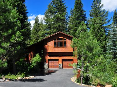Photo for Luxury Mountain Home with Gourmet Kitchen, Deluxe Hot Tub and Two Master Suites