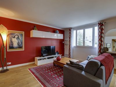 Photo for BEAUTIFUL APARTMENT WITH 2 CHAMRES TWO STEPS FROM THE EIFFEL TOWER - LES INVALIDES