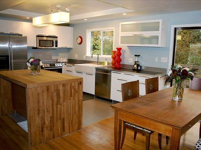 Newly Remodeled Light, Open Kitchen - Great for entertaining