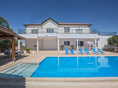 Photo for Papas Villa, Luxury 5BDR Villa with Private pool, and wheelchair accessible flat
