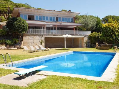 Photo for BELL AIRE -  SEA VIEWS - Magnificent house, private swimming pool, tennis, petanque and large garden at 30 min. from Barcelon