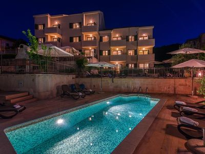 Photo for In the center of Slatine with Internet, Pool, Air conditioning, Parking (740138)