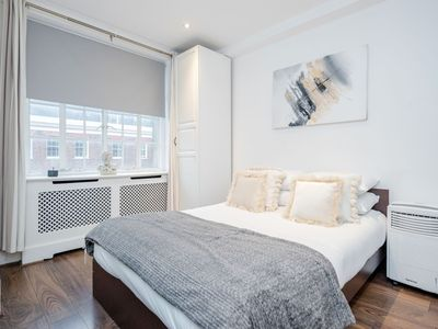 Photo for Superior One bed in Marylebone