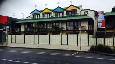 Cora Lyn Apartments, Mountjoy Parade, Lorne