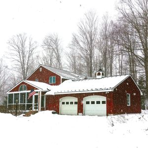 Private, Recently Furnished 5 BR Killington All-Season Home With Pool & Hot Tub