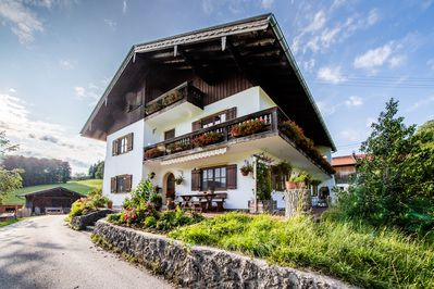 Fantastic Holiday Apartment With Mountain View Wi Fi Balcony