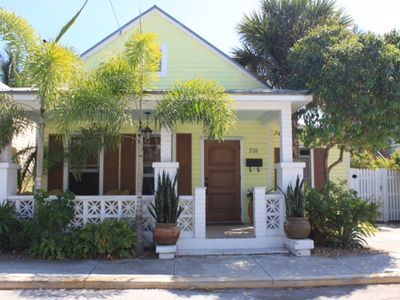 Sunshine Daydream: Private Home 1/2 Block Off Duval in Gallery District -