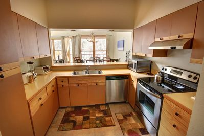 Fully equipped Kitchen with new stainless steel appliances!